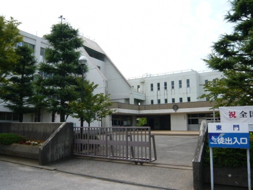 葛飾中学校 約2080m/徒歩22分