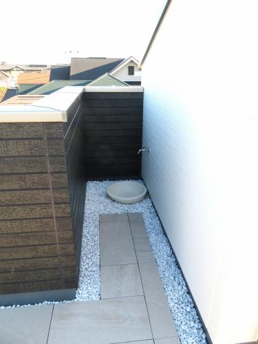 屋上 水道