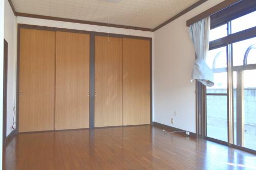 1階11.5帖洋室
