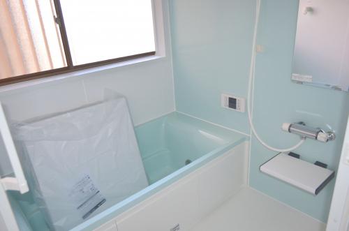 お風呂も丸々リノベーション済!