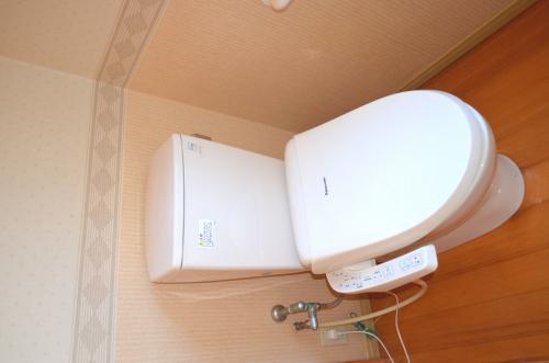 1階ウォシュレット付トイレ