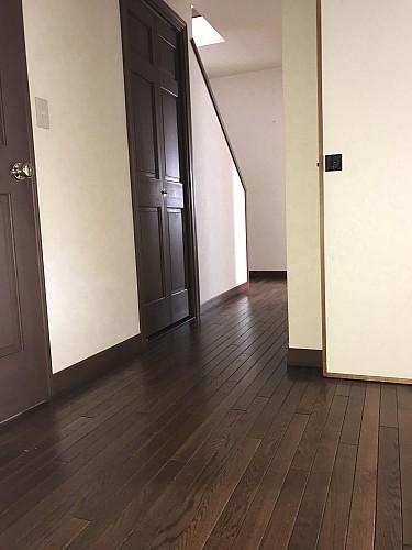 1階廊下部分年月が良い風合いを出してます