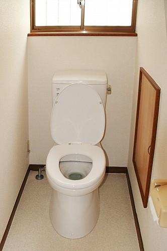 1F トイレ