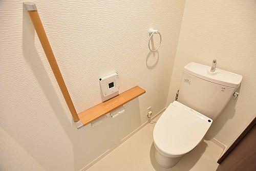 トイレ(ウォシュレット付!)