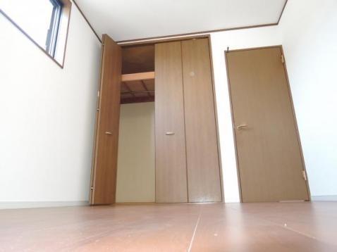 相模原市緑区西橋本エリアの中古一戸建て物件情報 洋室