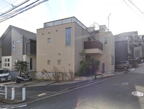 横浜市保土ヶ谷区岩崎町 二世帯一戸建て競売物件情報リビングホーム