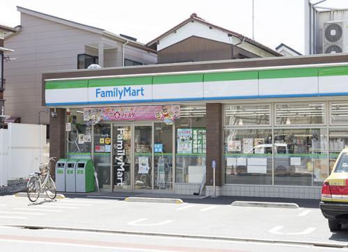 【周辺】ファミリーマート羽田六丁目店