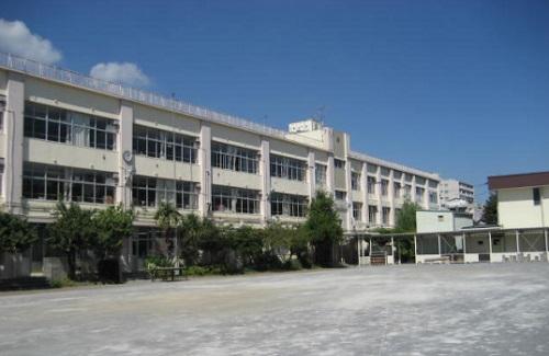 【周辺】千鳥小学校