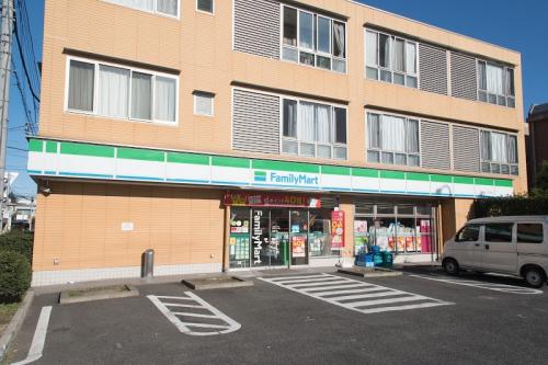 【周辺】ファミリーマート東玉川2丁目店